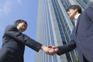 転職で安定し続ける業界・職種の企業へ就職する方法