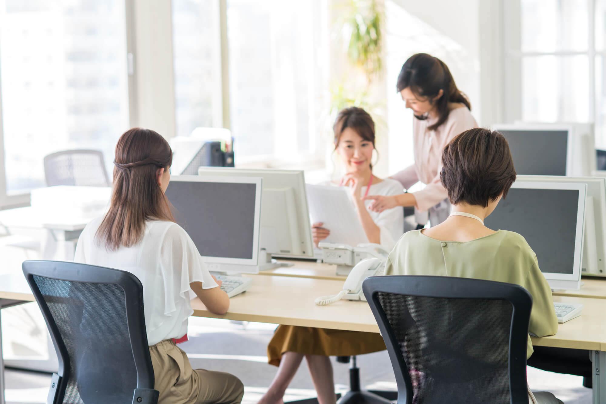 40代や50代女性の職場