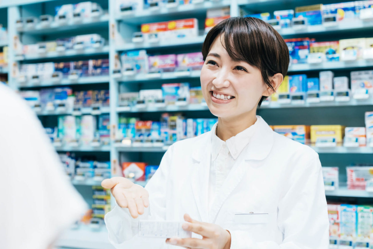 女性薬剤師の画像