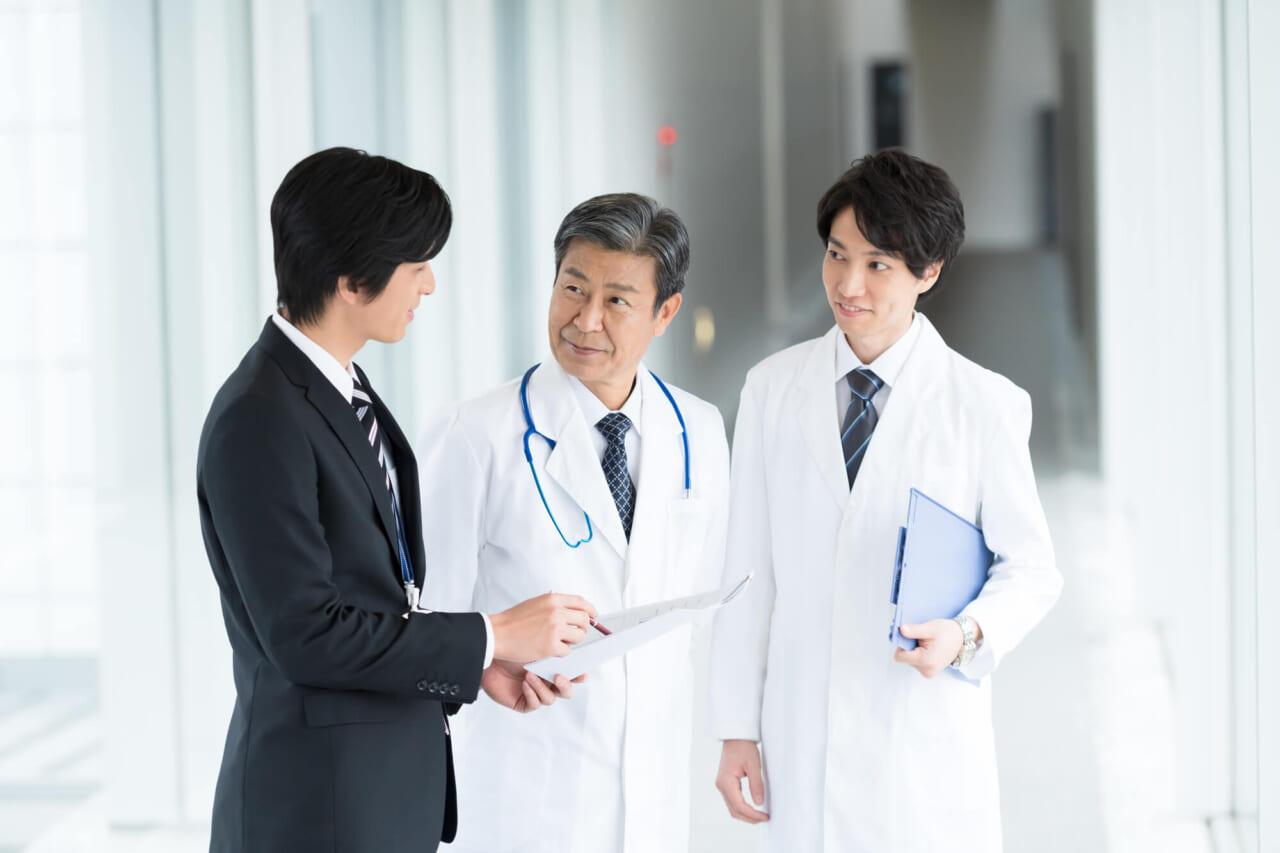 病院と企業の強いつながり