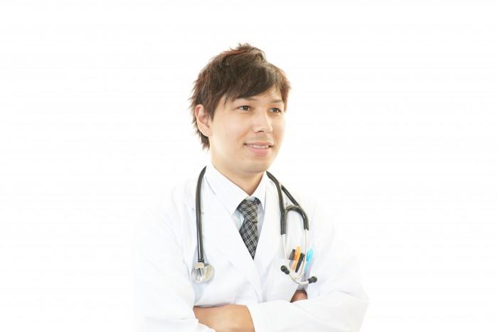 20代医師の平均年収はいくら?