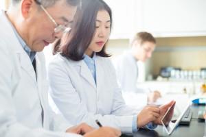 薬剤師の品質管理の仕事とは?業務内容や年収、必要な資格について