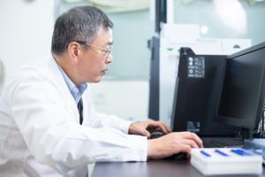 SMOで働く薬剤師!業務内容や年収、求められる資格について
